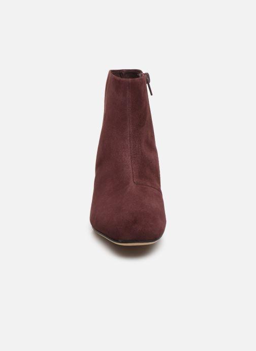 Bottines et boots Clarks Sheer Flora Bordeaux vue portées chaussures