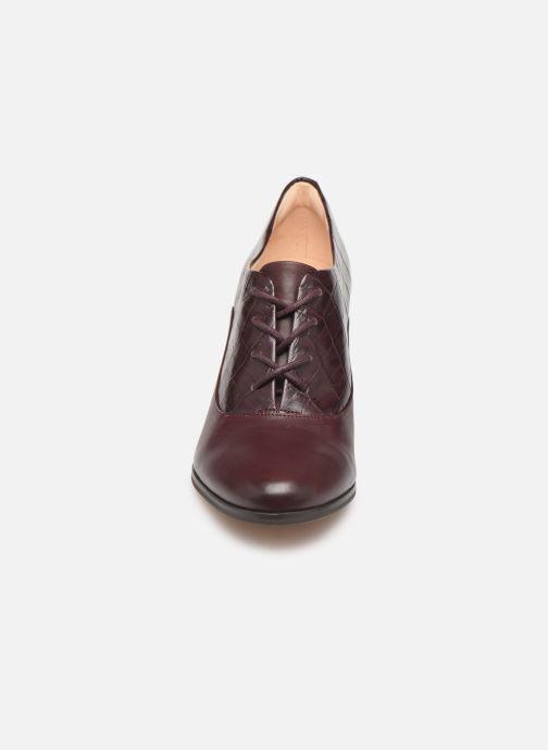 Bottines et boots Clarks Kaylin Ida Bordeaux vue portées chaussures