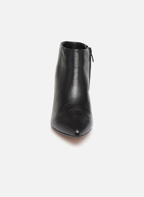 Bottines et boots Clarks Ellis Eden Noir vue portées chaussures