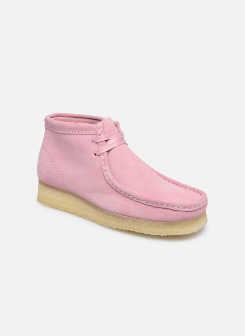 Botines  Clarks Originals Wallabee Boot. Rosa vista de detalle / par
