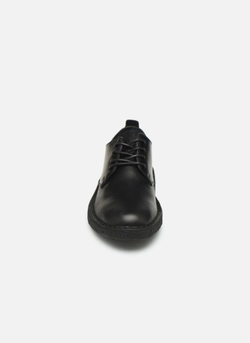 Schnürschuhe Clarks Originals Desert London. schwarz schuhe getragen