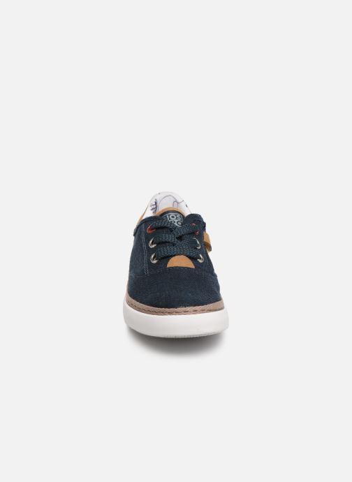 Sneakers Gioseppo 43973 Azzurro modello indossato