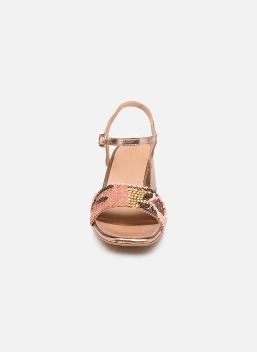 Sandali e scarpe aperte Gioseppo 45283 Beige modello indossato