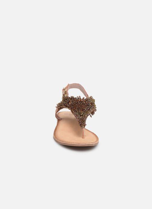Sandali e scarpe aperte Gioseppo 45309 Oro e bronzo modello indossato
