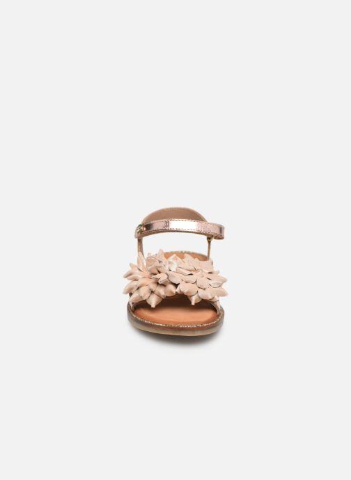 Sandalen Gioseppo 47882 rosa schuhe getragen