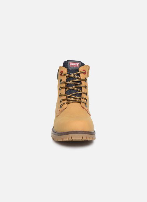 Bottines et boots Levi's Forrest Marron vue portées chaussures