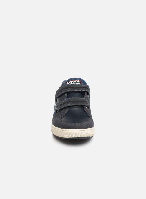 Baskets Levi's Madison Low Bleu vue portées chaussures