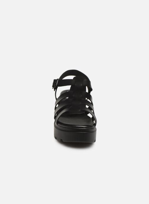 Sandali e scarpe aperte MTNG 50696 Nero modello indossato