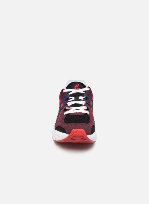 Baskets Asics Gel-BND Rouge vue portées chaussures