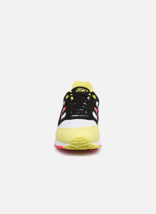 Baskets Asics Gelsaga M Noir vue portées chaussures
