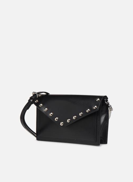 Sacs pochettes Rebecca Minkoff Blythe Wallet Xbody Noir vue portées chaussures