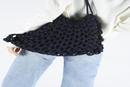Bolsos de mano Alienina ALIA BAG Azul vista de abajo