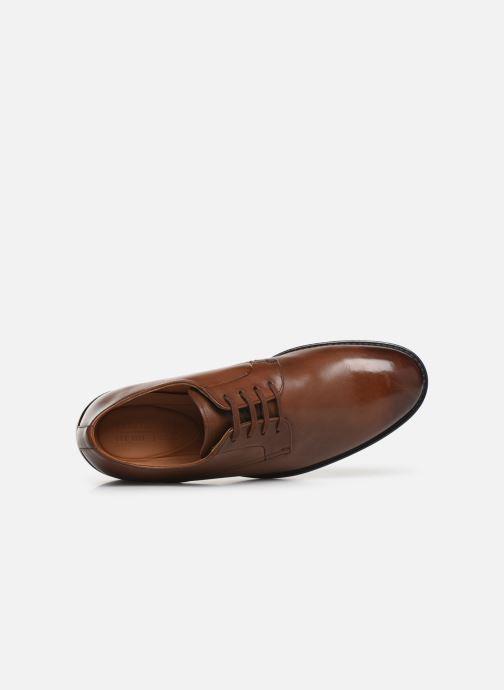 Chaussures à lacets Clarks Ronnie Walk Marron vue gauche