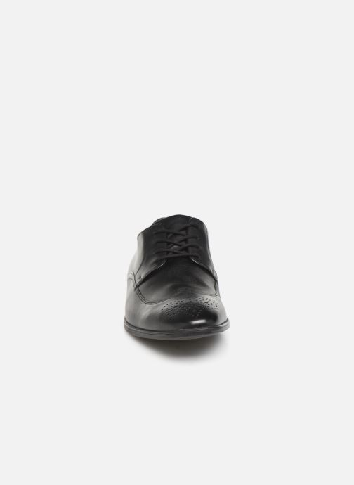 Lace-up shoes Clarks Bampton Wing Black model view