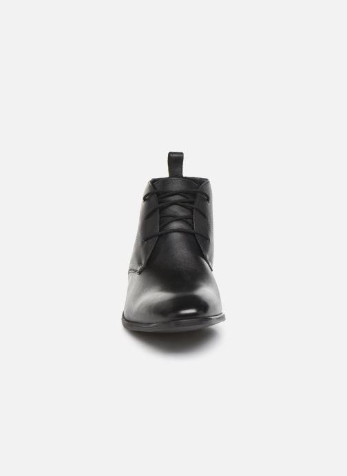 Bottines et boots Clarks Bampton Up Noir vue portées chaussures