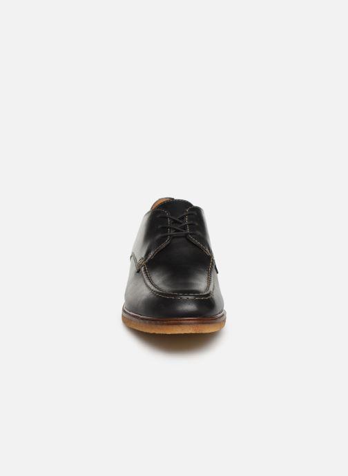 Lace-up shoes Clarks ClarkdaleApron Black model view