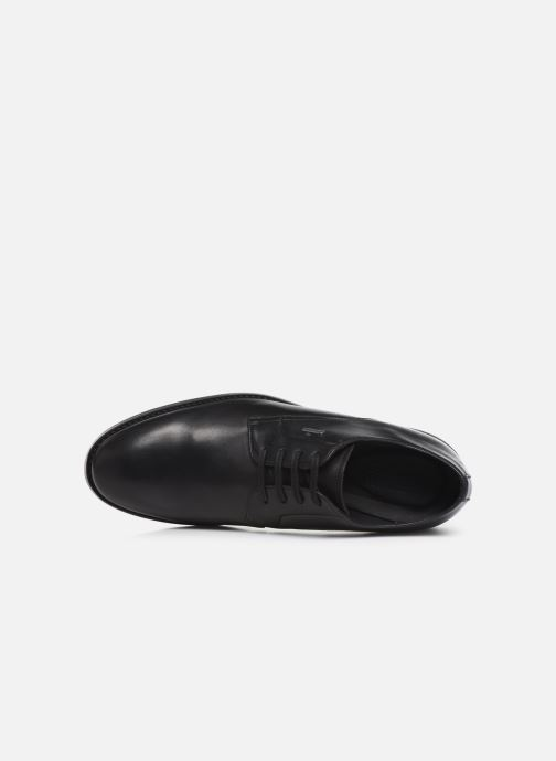 Lace-up shoes Clarks Ronnie WalkGTX Black view from the left
