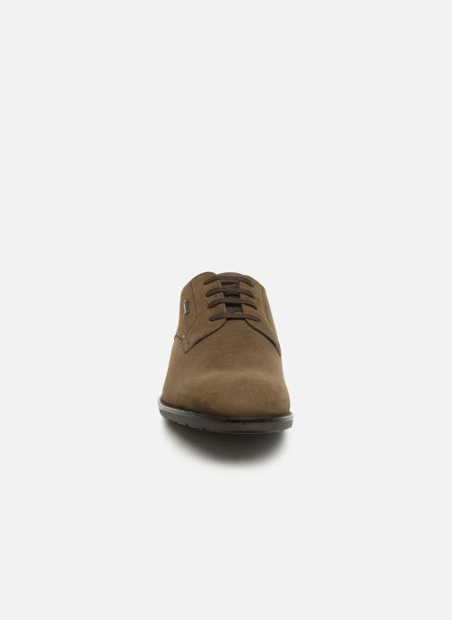 Zapatos con cordones Clarks Ronnie WalkGTX Marrón vista del modelo