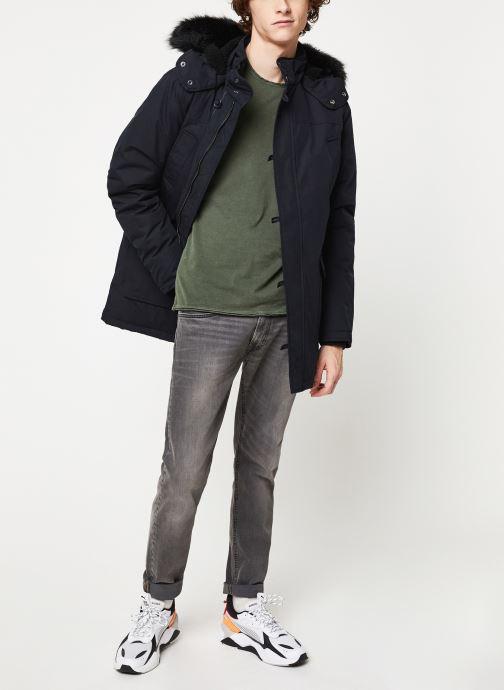 Vêtements Only & Sons Onsalbert Tee Vert vue bas / vue portée sac