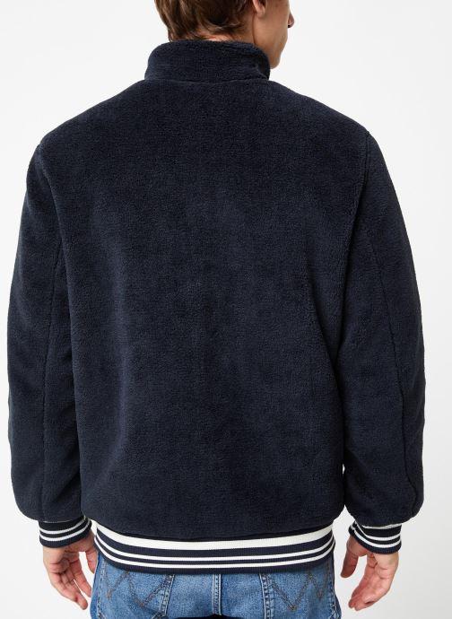 Vêtements Only & Sons Onsian Sherpa Bleu vue portées chaussures