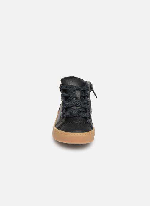 Sneaker Clarks City Oasis HT schwarz schuhe getragen