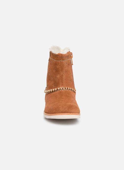 Bottines et boots Clarks Crown Piper T Marron vue portées chaussures