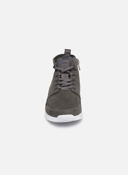 Sneaker Clarks Tri Voyage K grau schuhe getragen