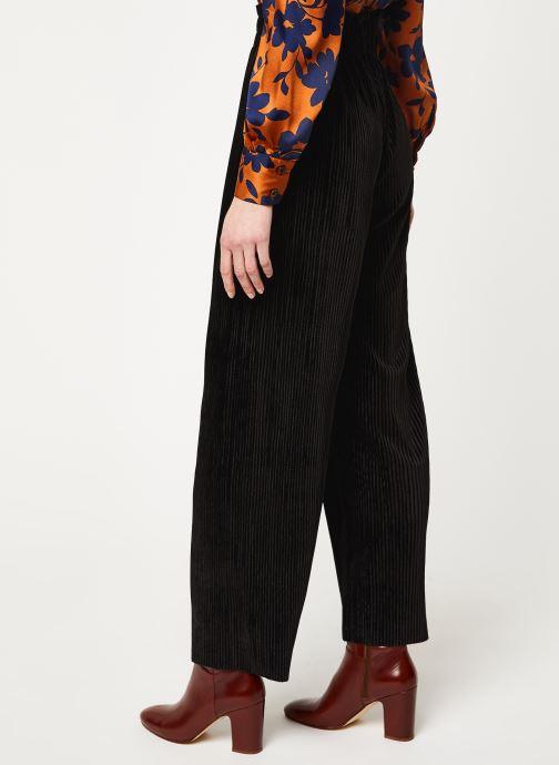 Vêtements Y.A.S Yasalissa Pant Noir vue portées chaussures