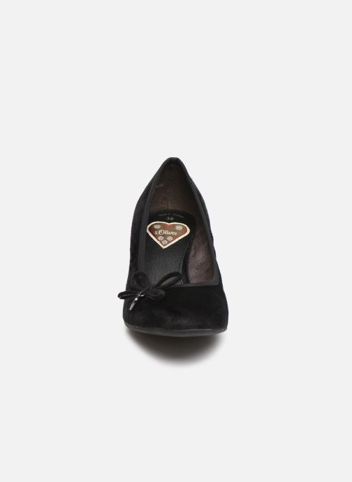 Zapatos de tacón S.Oliver Ariana Negro vista del modelo