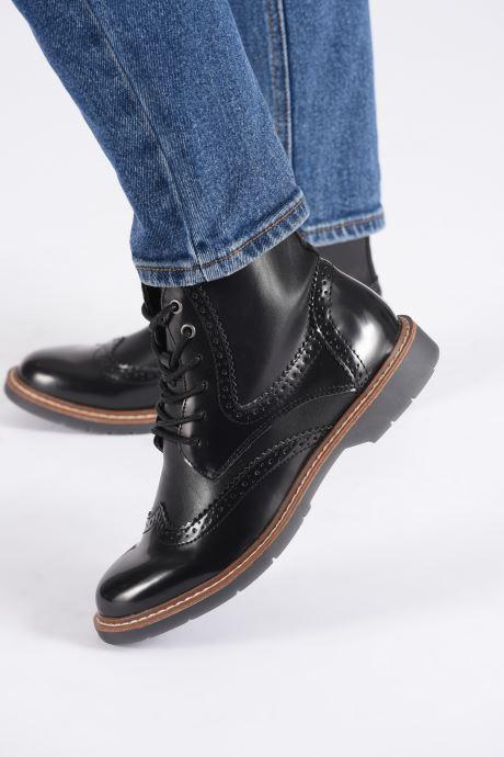 Bottines et boots S.Oliver Oriana Noir vue bas / vue portée sac