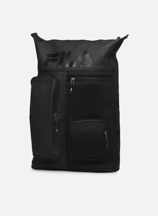 Mochilas FILA Soft Cube Backpack Frosted PU -3D Mesh Negro vista del modelo