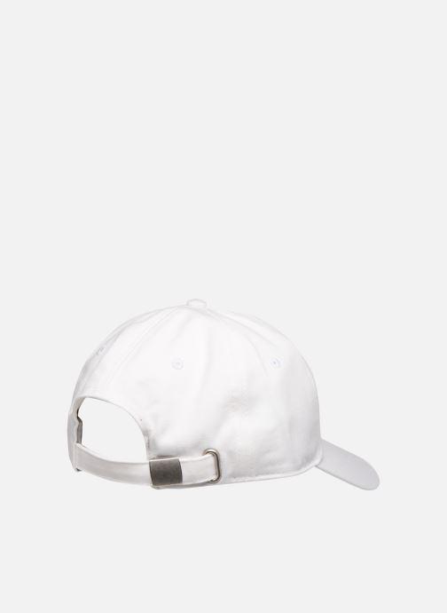 Casquettes FILA DAD CAP F-box Blanc vue portées chaussures