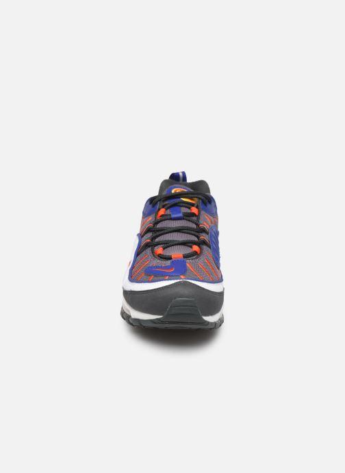 Baskets Nike Air Max 98 Gris vue portées chaussures