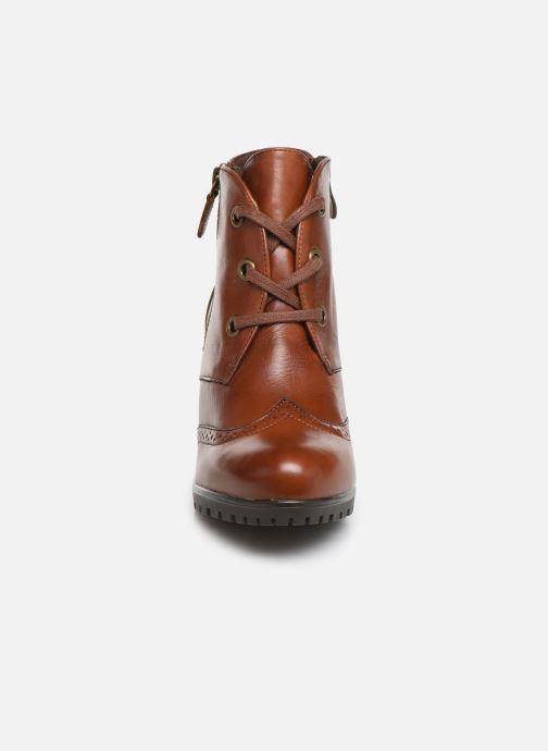 Bottines et boots Caprice Alia Marron vue portées chaussures
