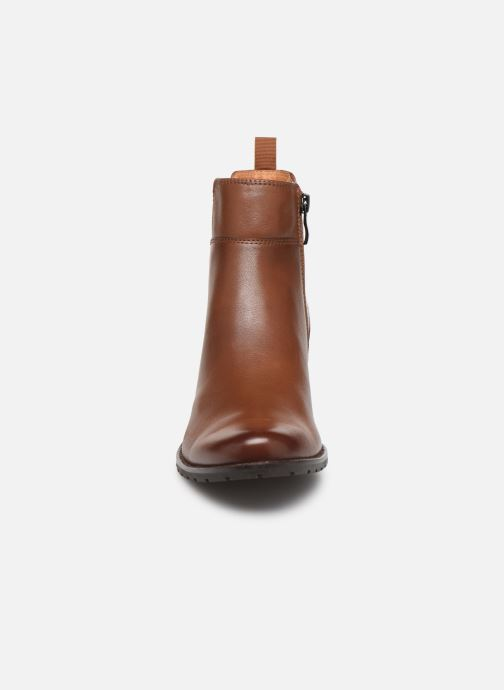 Bottines et boots Caprice Lory Marron vue portées chaussures
