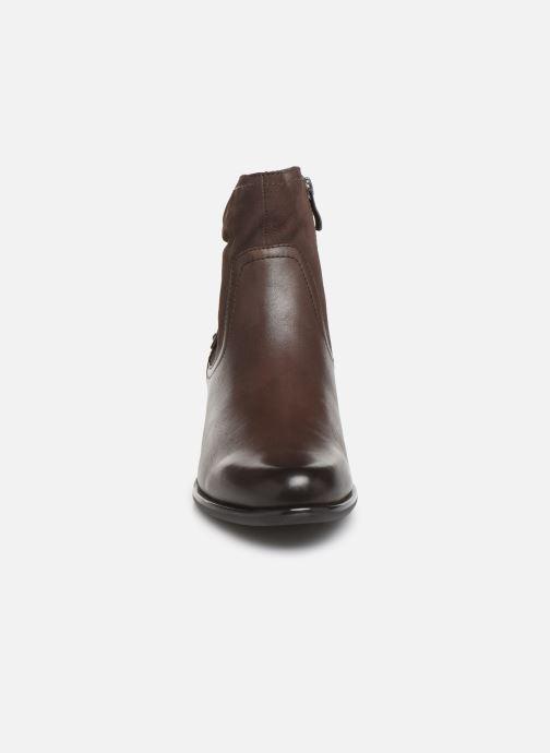 Boots Caprice Ava Brun bild av skorna på