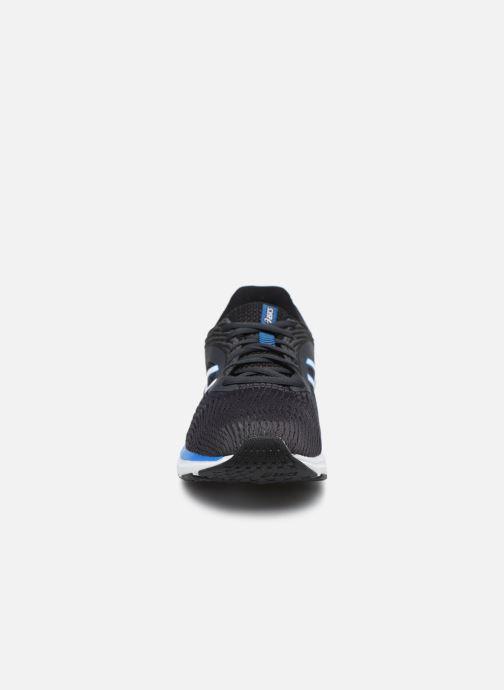 Scarpe sportive Asics Gel-Pulse 11 Nero modello indossato