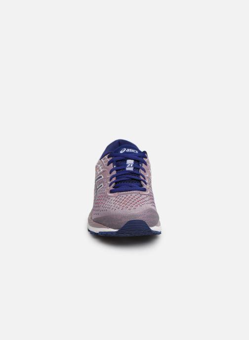 Chaussures de sport Asics Gel-Cumulus 21 Violet vue portées chaussures