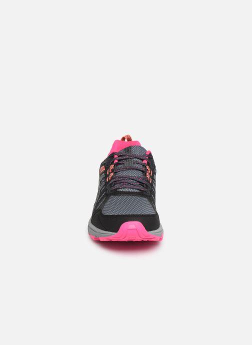 Chaussures de sport Asics Gel-Venture 7 Gris vue portées chaussures