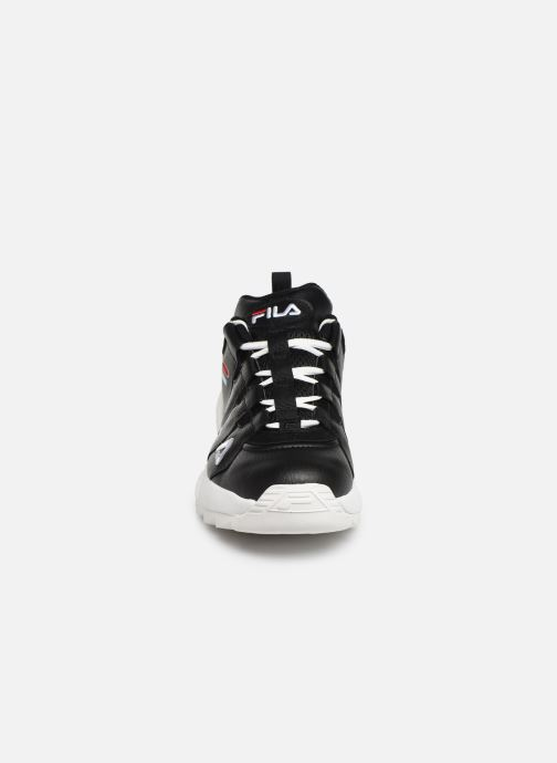 Sneakers FILA Countdown Low Nero modello indossato