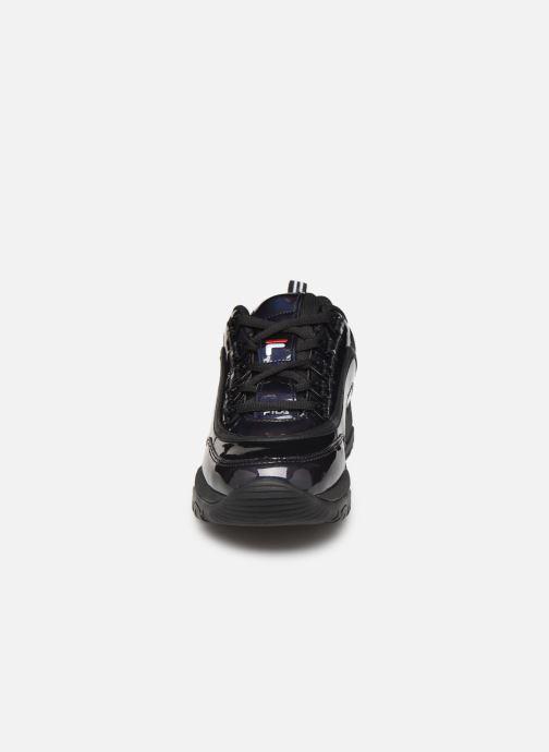 Baskets FILA Strada M Low Wmn Noir vue portées chaussures