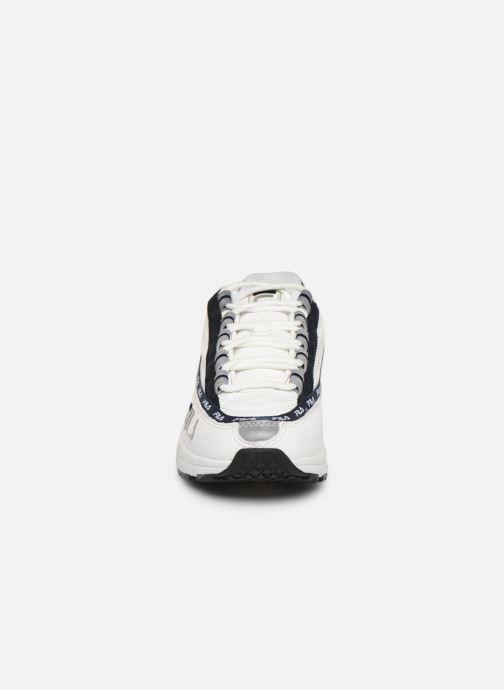 Baskets FILA Dstr97 L Wmn Blanc vue portées chaussures