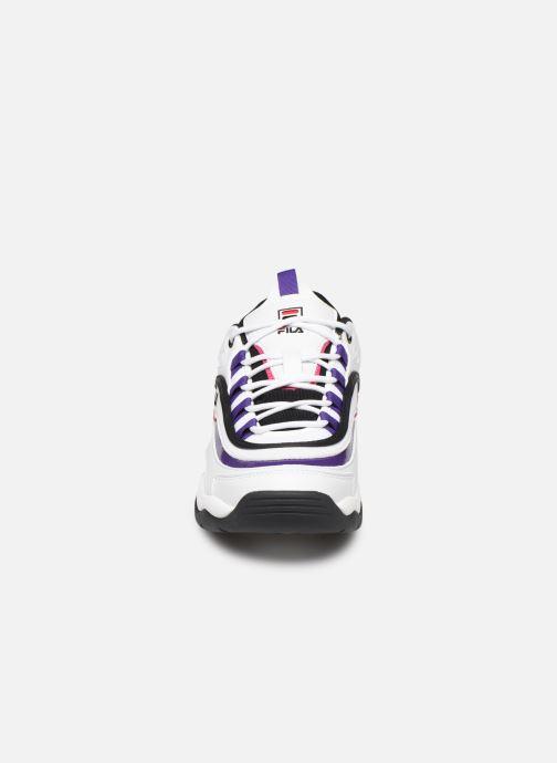 Baskets FILA Ray Cb Low Wmn Blanc vue portées chaussures