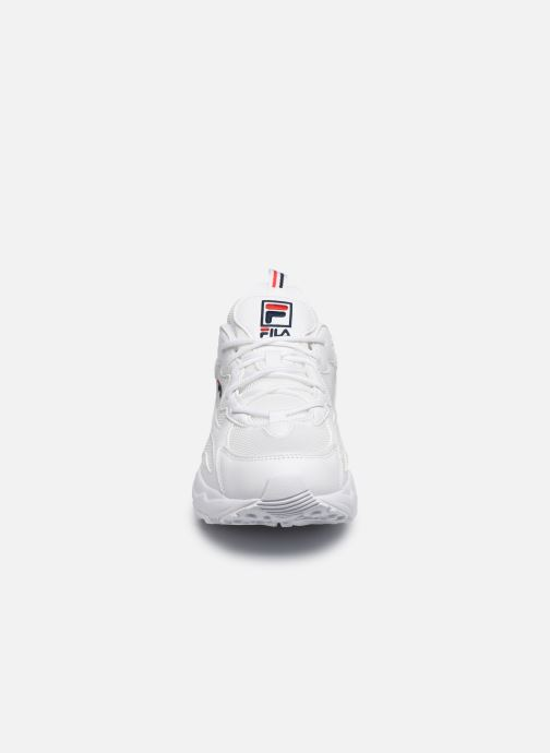 Baskets FILA Ray Tracer Wmn Blanc vue portées chaussures