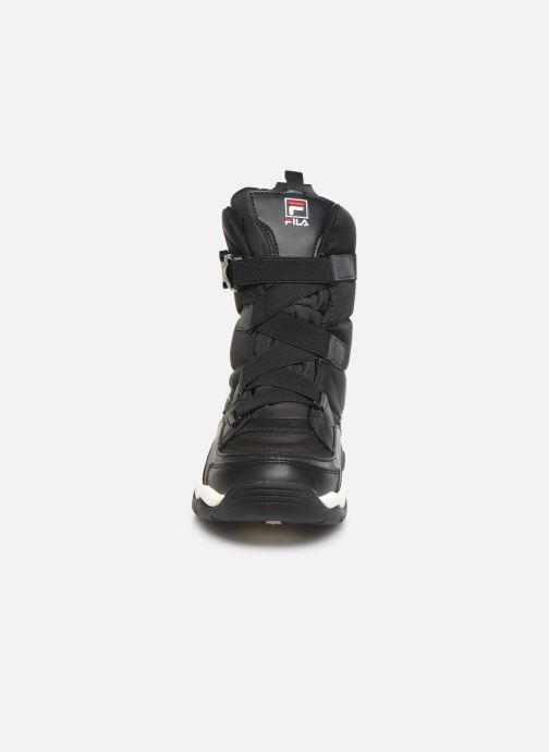 Baskets FILA Ray Neve Boot Wmn Noir vue portées chaussures