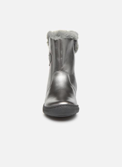 Bottes Chicco Cirpy Gris vue portées chaussures
