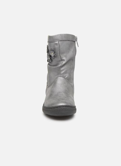 Bottes Chicco Cledia Gris vue portées chaussures