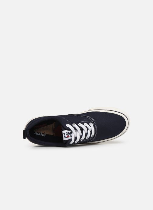 Trainers Tommy Hilfiger Classic Tommy Jeans Blue view from the left