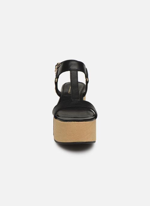 Sandales et nu-pieds Tommy Hilfiger Elevated Leather Fla Noir vue portées chaussures