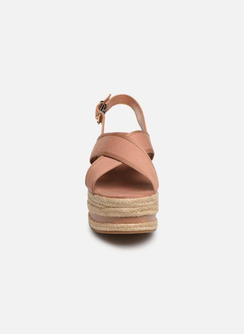 Scarpe di corda Tommy Hilfiger Flatform Sandal Tomm Beige modello indossato